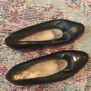 Vintage Chanel timeless leather flats